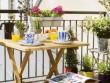 Des plantes fleuries pour un balcon agrandi