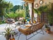 Une terrasse ensoleillée qui invite à paresser