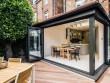 Une extension modernisée avec une structure en aluminium