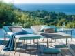 15 idées pour meubler et décorer les abords de sa piscine