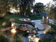 Un jardin féérique et sa fontaine