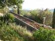 Une toiture végétalisée pour une maison qui se fait oublier