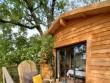 Une cabane construite en harmonie avec la nature