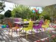 Une terrasse colorée pleine de bonne humeur