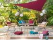 Une terrasse confortable et colorée