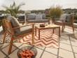 Un tapis d'extérieur XXL pour une terrasse cosy