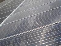 """Succès du photovoltaïque : vers un """"risque financier majeur"""" ?"""