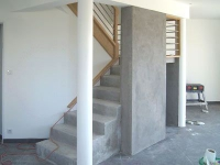"""Un """"bloc escalier"""" pour chauffer une maison bio"""