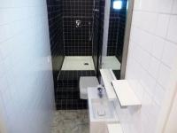 """Une """"vraie"""" salle de bains aménagée dans 3m2"""