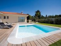 Jardin et piscine sur-mesure pour une maison méditerranéenne