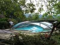 Un abri de piscine qui se module au gré des besoins
