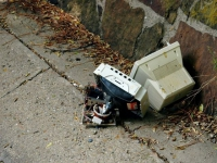 Le gouvernement veut prolonger l'éco-contribution pour la gestion des déchets électriques