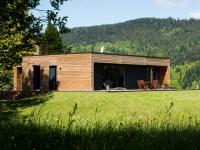 Une maison en bois montée en... un jour !