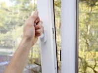Humidité dans la maison : comment s'en débarrasser ?