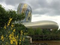 La Cité du vin de Bordeaux dévoile ses arômes