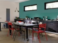 13 Cuisines Separees Du Salon Par Une Verriere