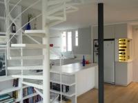 Deux appartements et des combles réunis en un duplex lumineux