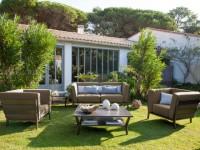 10 meubles d'intérieur qui s'invitent à l'extérieur