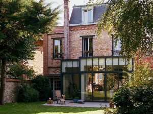 Une véranda contemporaine pour cette maison