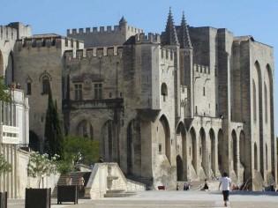 Avignon la dynamique