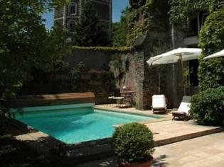 """La piscine : un """"plus"""" immobilier"""