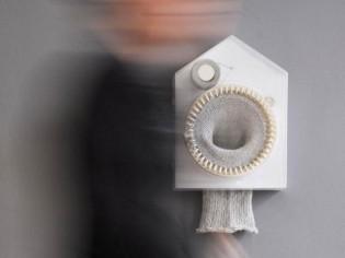L'horloge tricoteuse, ou comment obtenir une écharpe en 365 jours