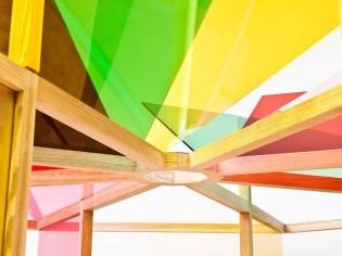 Un jardin d'hiver en verre technicolor