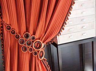Des idées pour embellir ses rideaux