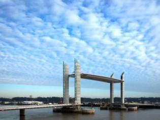 Bordeaux : huit ponts pour franchir la Garonne