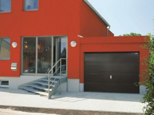Des portes de garage fonctionnelles et design pour embellir sa maison