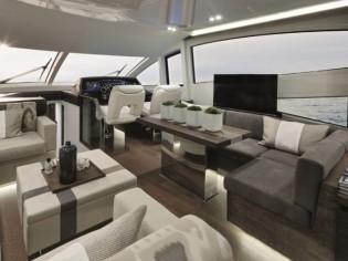 Un yacht de luxe aménagé par la décoratrice Kelly Hoppen