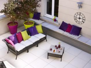 Rénover sa  terrasse : la solution des dalles sur plots réglables