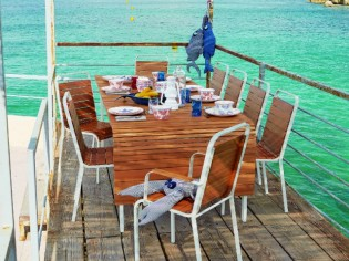 Inspirations : des tables estivales pour un repas dehors !