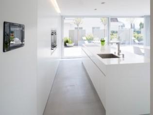 Corian et compagnie : 10 idées pour utiliser la résine minérale dans la maison