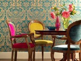 Ambiance : des chaises dépareillées pour une salle à manger personnalisée