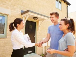 Acheter/Vendre : pourquoi faire encore appel à un agent immobilier ?