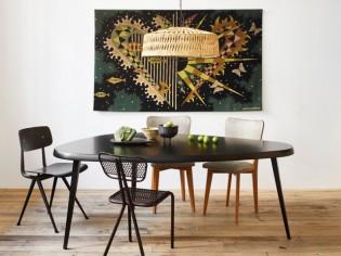 La table Mexique de Charlotte Perriand rééditée et exposée chez Merci