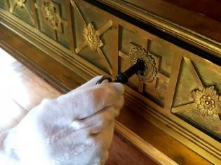 Les meubles truffés de cachettes secrètes de Napoléon s'exposent