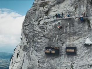 Cette cuisine est suspendue à 2.000 mètres au-dessus du vide