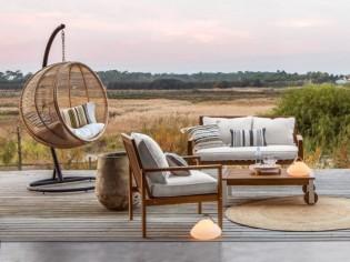 Ces meubles de jardin qu'on aimerait mettre dans notre salon