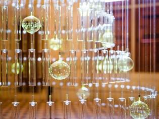 Un sapin de verre féérique pour un Noël magique au château