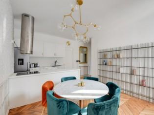 Une salle de bains en plus et un esprit Art Déco pour ce 65 m2