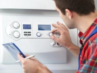 Pompe à chaleur : une maintenance désormais obligatoire tous les 2 ans