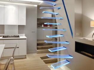 Cet escalier qui semble flotter dans l'air va vous surprendre