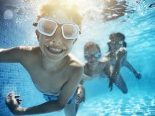 Faire construire sa piscine : est-il trop tard pour se baigner cet été ?