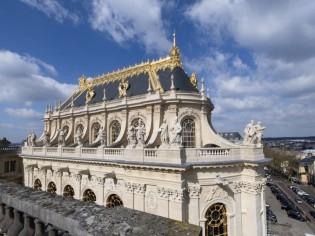Rénovée, la chapelle royale du château de Versailles se dévoile enfin