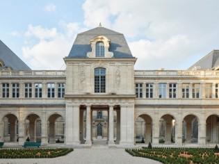 Le musée Carnavalet fait peau neuve et défie le temps