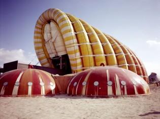"""""""Aerodream"""" : plongez dans l'univers insolite de l'architecture gonflable"""