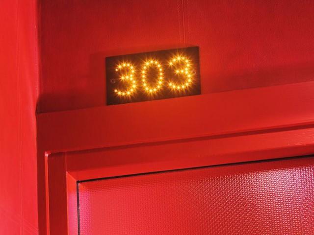 numero chambre five hotel