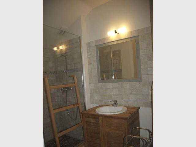 Salle de bains du 2e maison carole